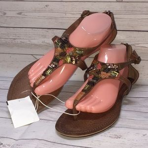 MAURICES Strappy Flat Thong Sandals NWT!